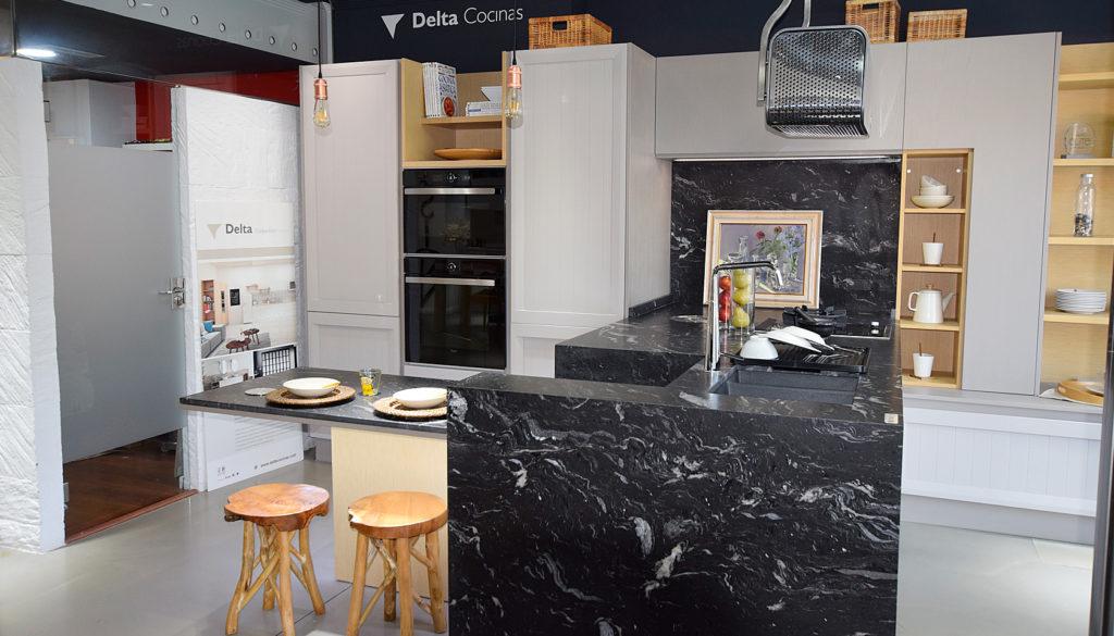 Cocina kitchenette pas a pas estudio de interiorismo en for Estudios de interiorismo valencia